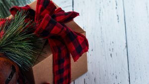 3840x2160 Wallpaper gift, box, needles, cones, decorations, christmas, new year