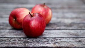 3840x2160 Wallpaper apples, red, boards