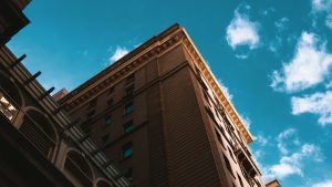3840x2160 Wallpaper building, architecture, sky, clouds, bottom view