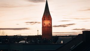 3840x2160 Wallpaper building, tower, chapel, architecture, old, dark