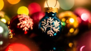 3840x2160 Wallpaper decorations, baubles, new year, christmas, holidays