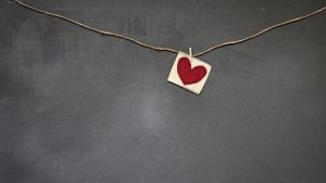 3840x2160 Wallpaper heart, red, napkin, rope, clothespin