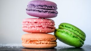 3840x2160 Wallpaper macaroons, almond biscuits, pastries, colorful