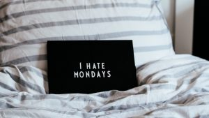 3840x2160 Wallpaper monday, nameplate, inscription, bed, hatred
