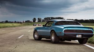 3840x2160 Wallpaper muscle car, coupe, luxury, road, side view