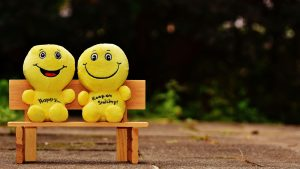 3840x2160 Wallpaper smiles, happy, cheerful, smile, bench, cute