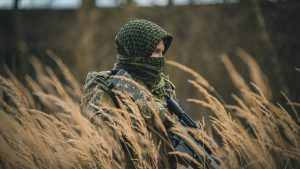 3840x2160 Wallpaper sniper, rifle, camouflage, grass, army