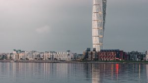3840x2160 Wallpaper tower, building, architecture, water, reflection